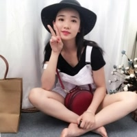 mimi在广州开服装厂