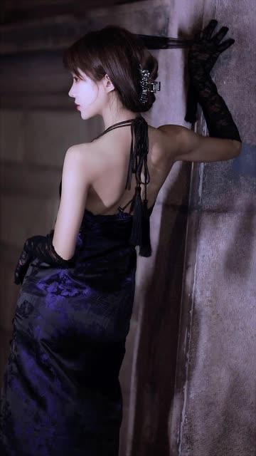 天青色等烟雨  而我在等你 #旗袍